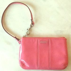COACH Pink Patent Zippered Wristlet🌸